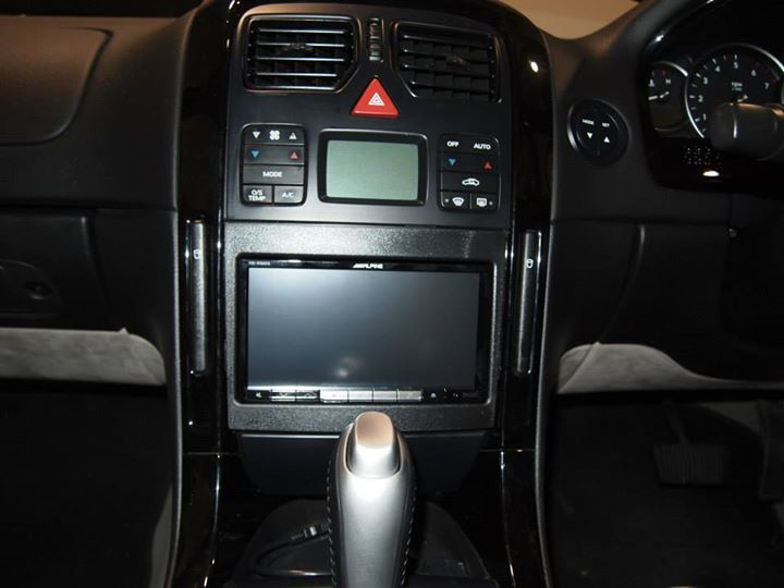 Full Alpine Vz Commodore Audio Install Performance Car
