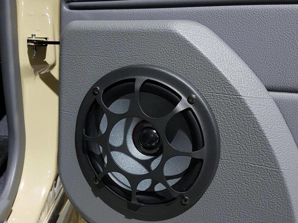 Toyota Landcruiser 70s Series Speaker Replacement